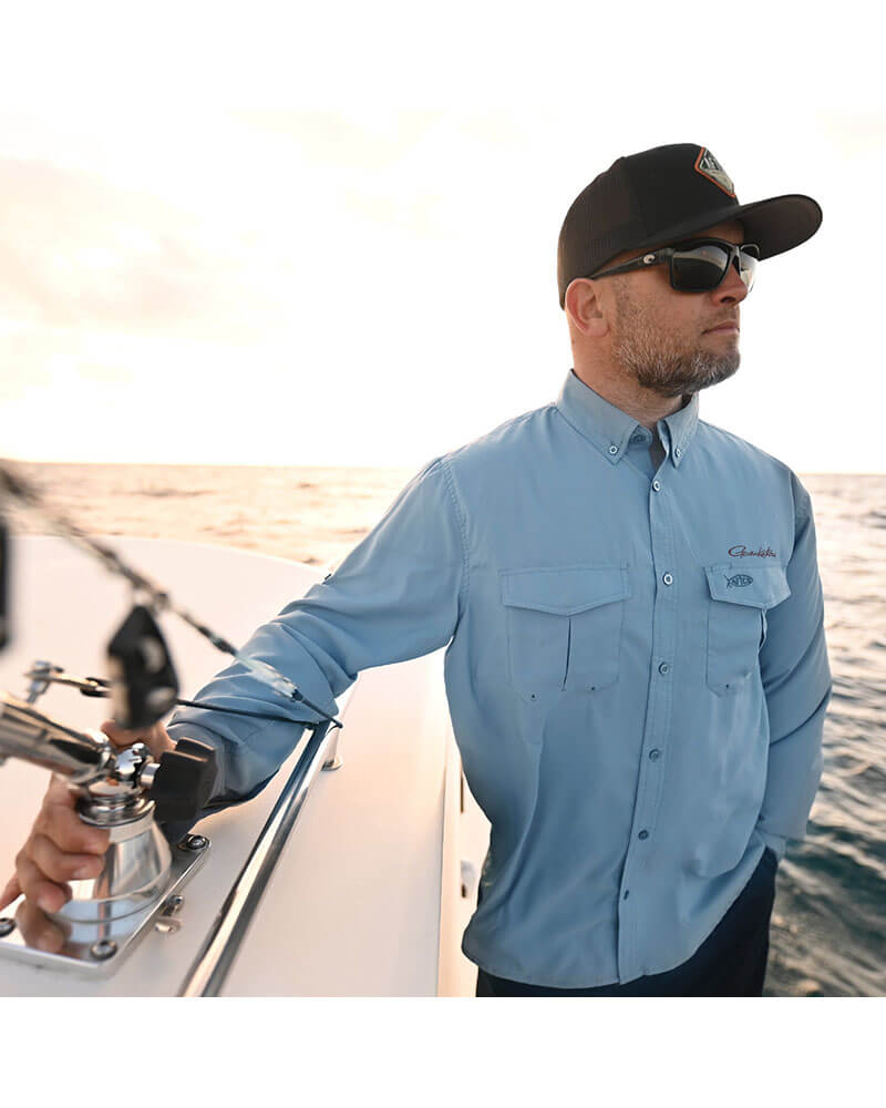 Performance Shirt Long Sleeve - Lifestyle on the water